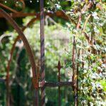 Gartenpavillon Milano, Detailansicht Spitze, unbeschichtet (Edelrost)