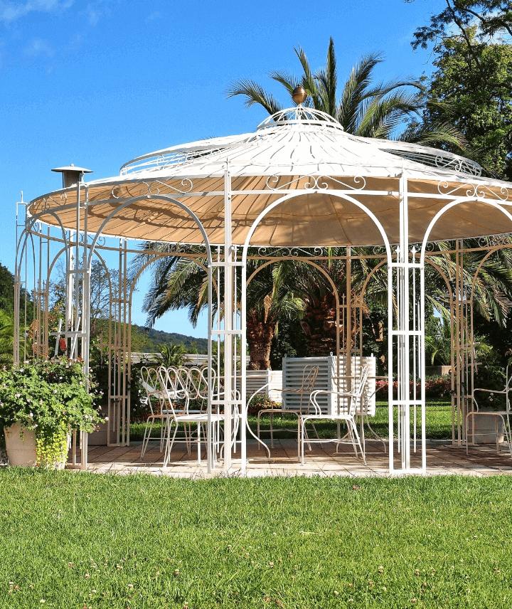 pavillon-toskana-pulverbeschichtet-sonderfarbe-sonnensegel-messingkugel_720x856_stage